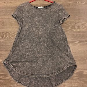 Honey Punch Charcoal Grey Short Sleeve Tee Size S
